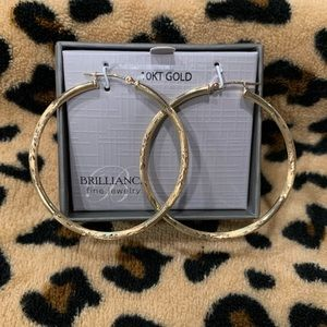 10K yellow gold stamped hoops